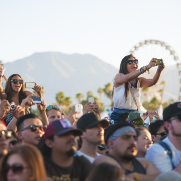 3_Coachella 2014- Crowd- Chris Tuite.jpg